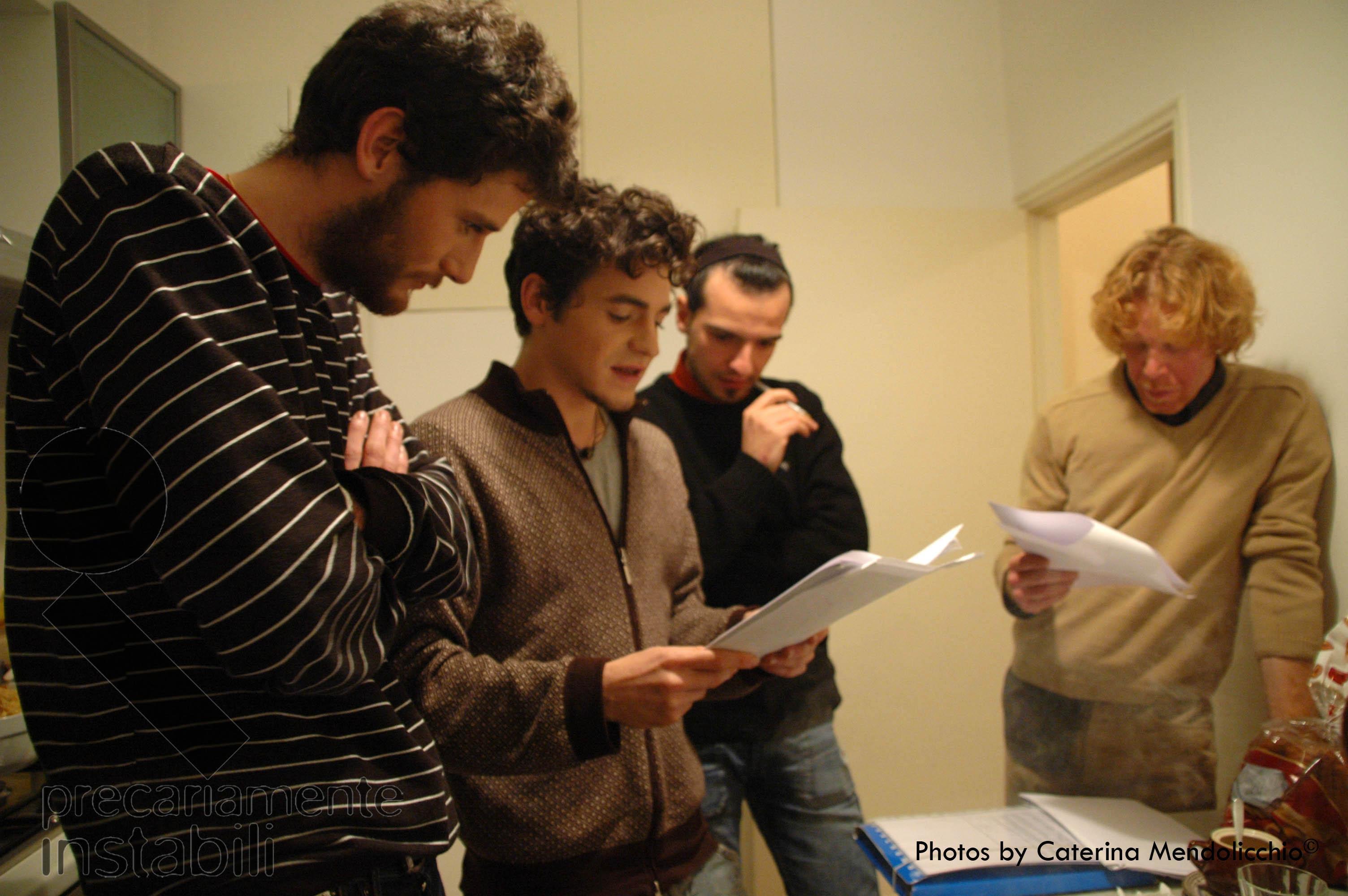 014-Precariamente instabili - regia di Luigi Scaglione
